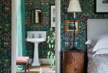 Morris & Co.Queen Square Wallcovering Collection