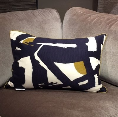 Luxury By Nature Sierkussen Zoffany 60x40cm Blauw Abstract
