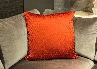 Luxury By Nature Sierkussen Zoffany Stof Oranje 60 x 60 cm